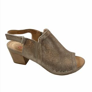CLARKS Un Palma Go Pewter Leather Sandal 8.5 NWT